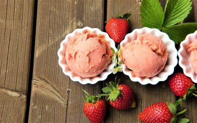 pixabay - silviarita - strawberry-ice-cream-2239377_1920